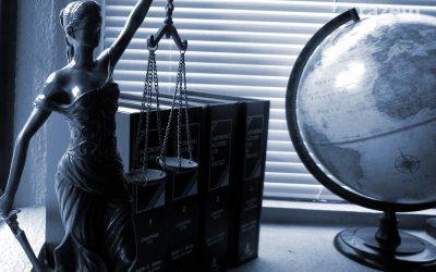 Porady prawne pro bono w Kutnie. Co mówi umowa z prawnikiem?